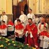 Wielki Piątek - Liturgia Męki Pańskiej, Adoracja Krzyża