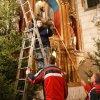 21.12.2009 Dekorowanie kościoła w Konopiskach na święta Bożego Narodzenia